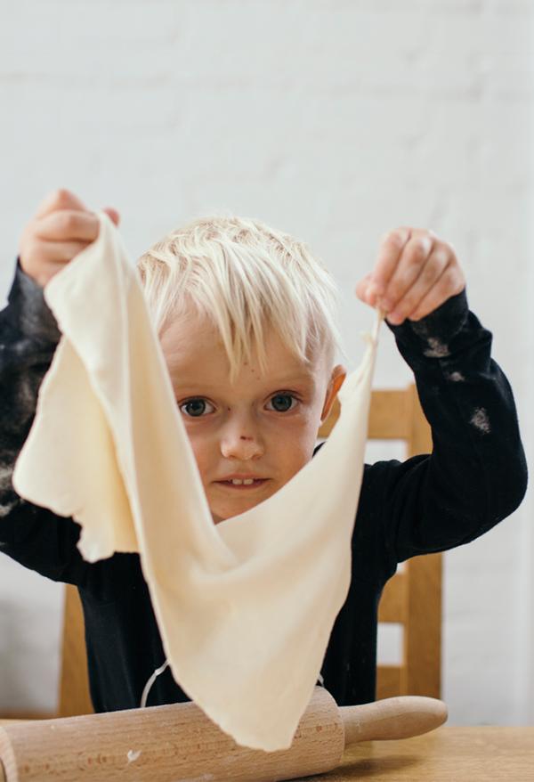 Pilnavertė Jūsų vaiko mityba: kaip užtikrinti darnią fizinę, emocinę ir protinę vaiko raidą